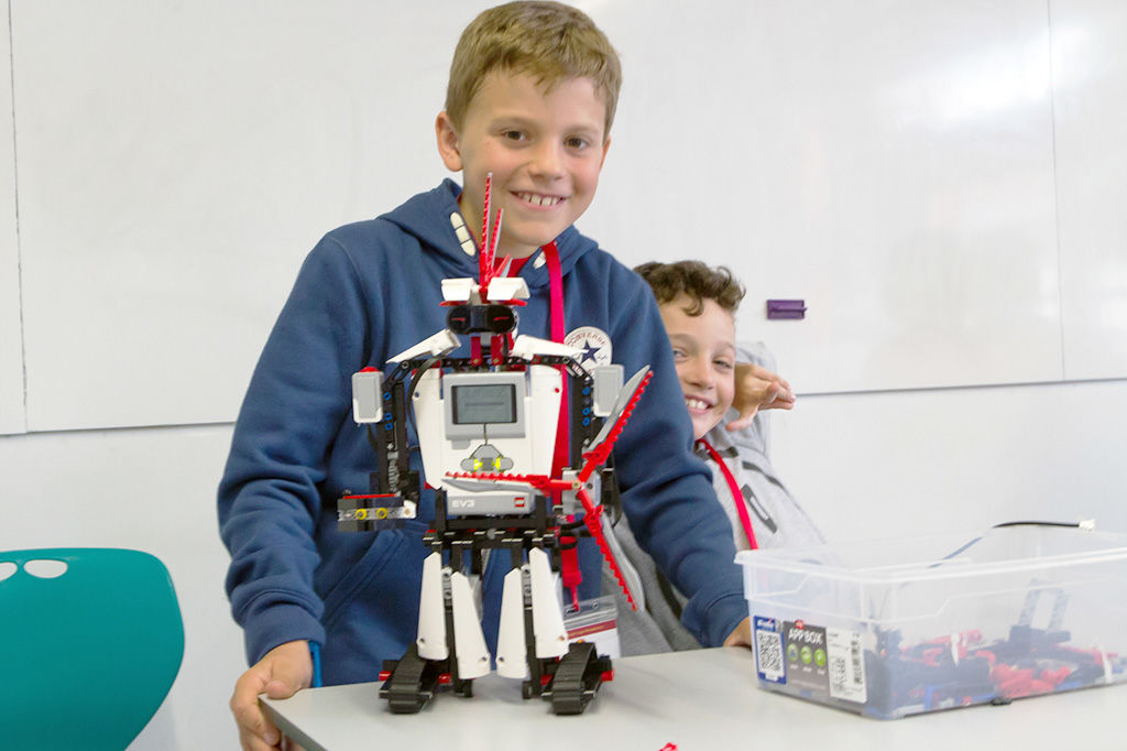 Firetech Australia — Junior Robotics with Lego Mindstorms (2