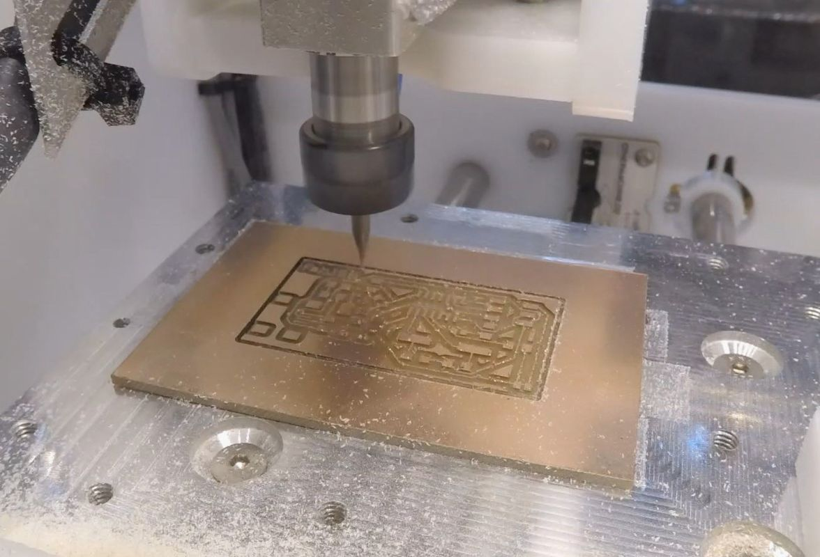 Circuit Launch Milling With The Bantam Cnc Learn About Boards How To Mill A Board Using Aka Othermill