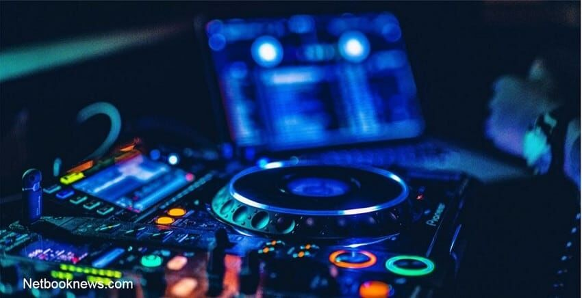 DJ - Adult